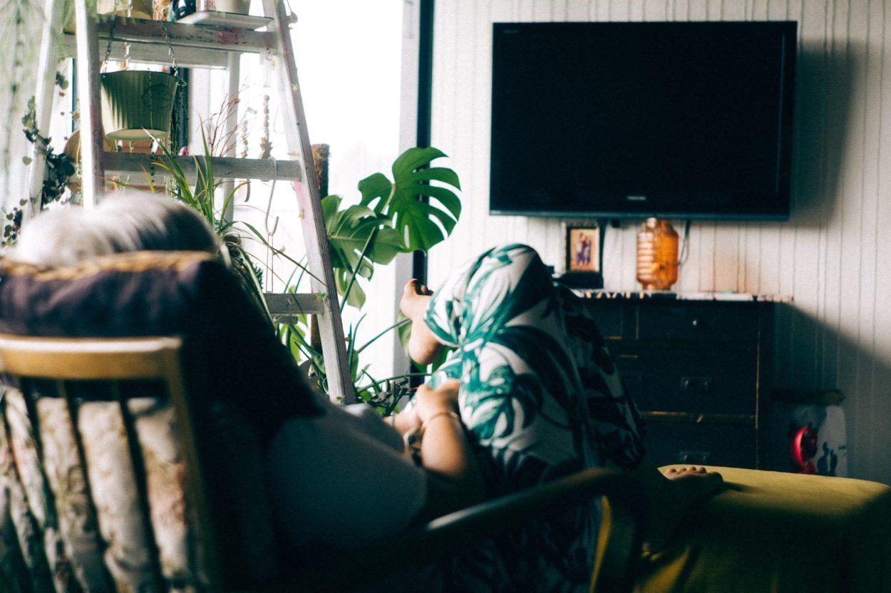 Generazioni a confronto: il rapporto fisico con il digitale